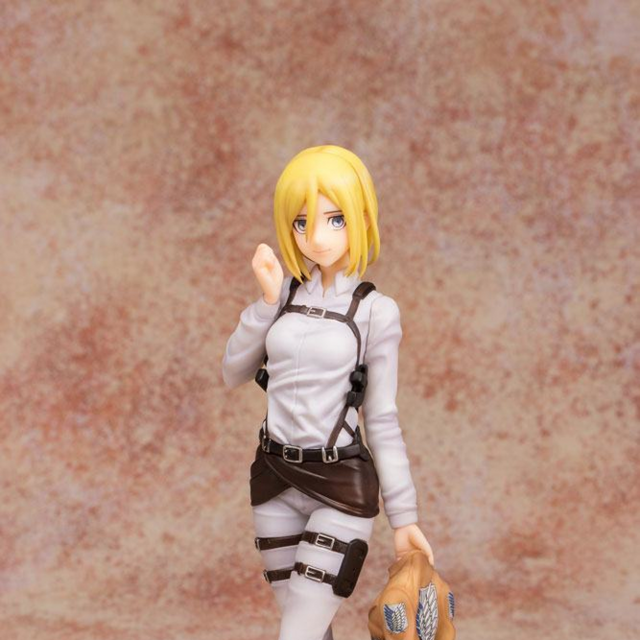Attack on Titan: Krista Lens (21cm, 1/8 scale)